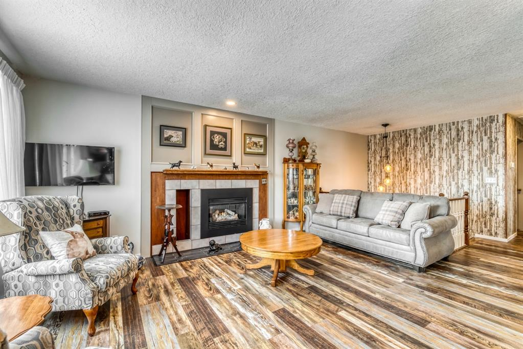 Listing A1048146 - Large Photo # 18
