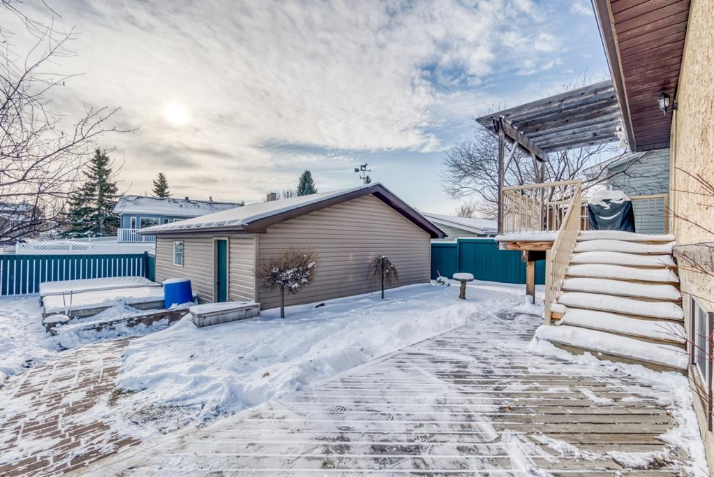 Listing A1048146 - Large Photo # 39