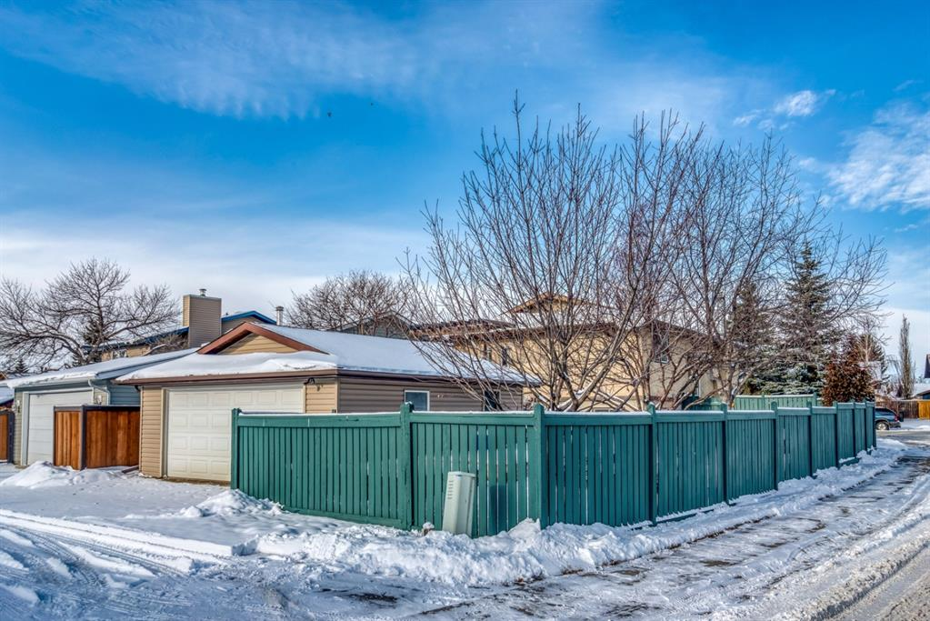 Listing A1048146 - Large Photo # 45