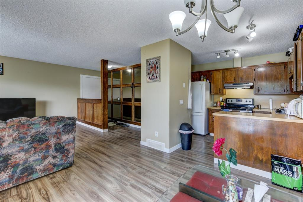 Listing A1048941 - Large Photo # 14