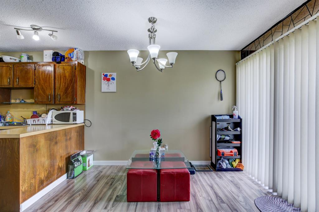 Listing A1048941 - Large Photo # 4