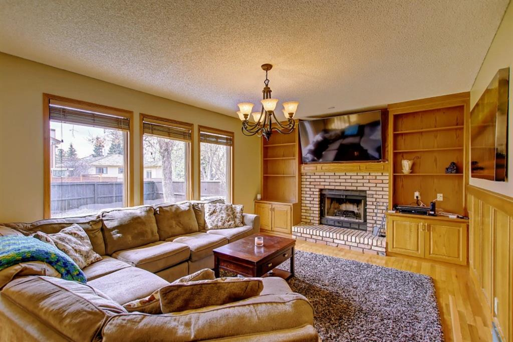 Listing A1048996 - Large Photo # 17