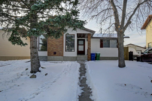 132 Summerfield Close SW, Airdrie