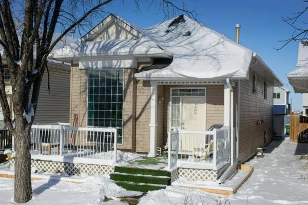 74 Martinridge Crescent NE, Calgary