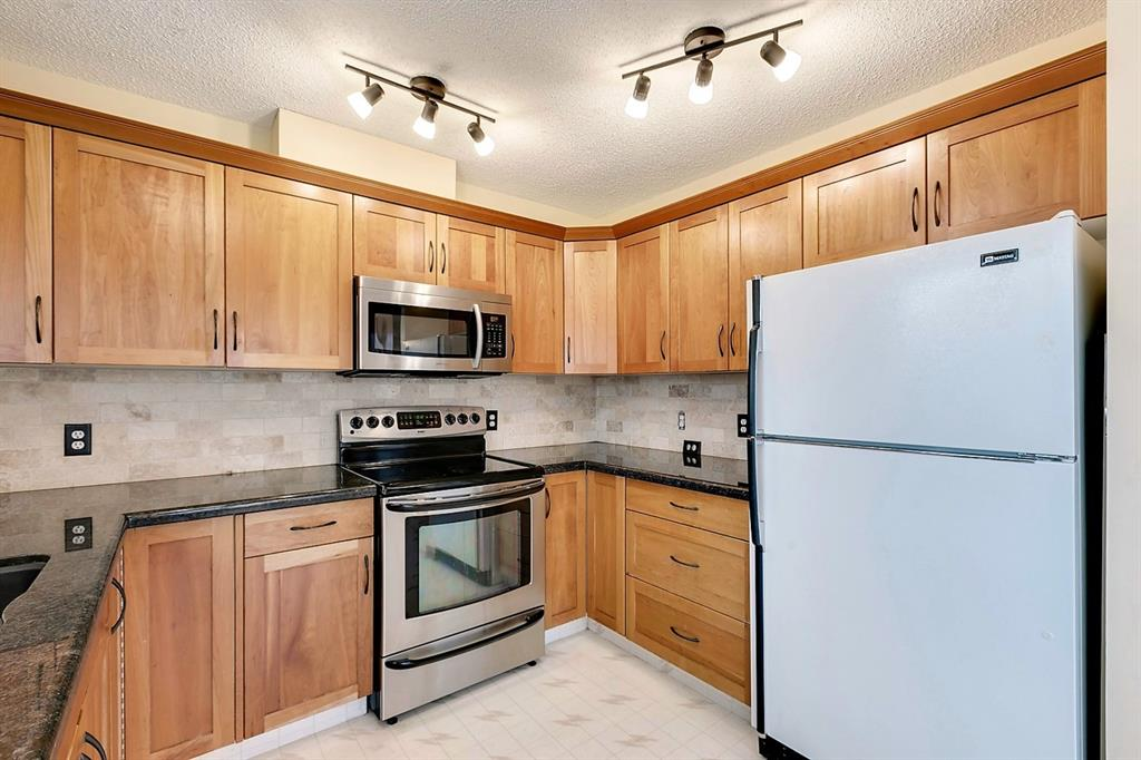 Listing A1049668 - Large Photo # 11