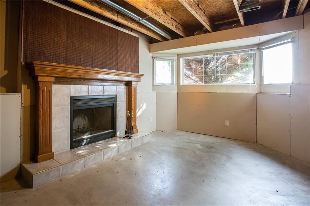 Listing A1049891 - Large Photo # 21