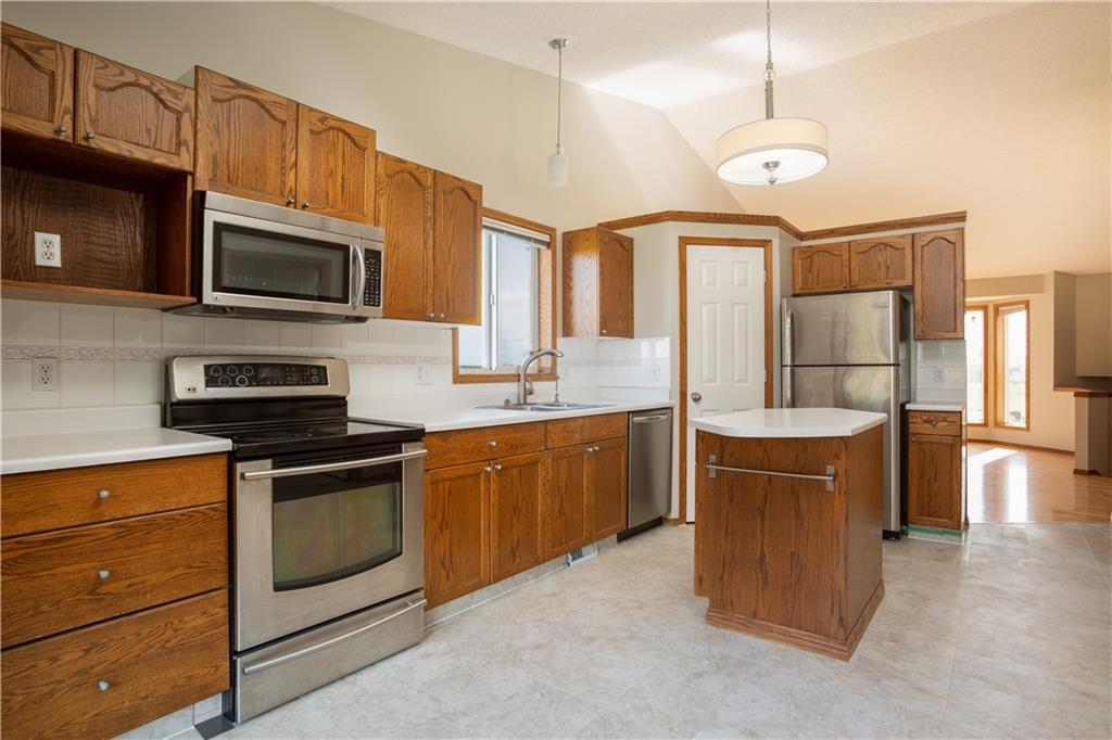 Listing A1049891 - Large Photo # 10