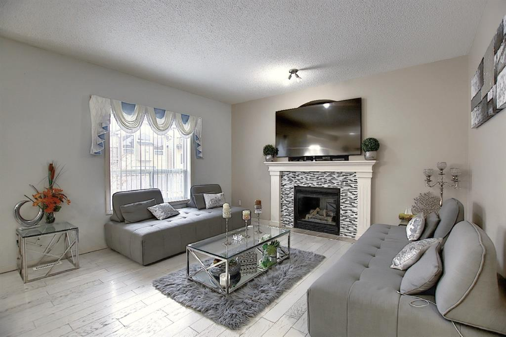 Listing A1049901 - Large Photo # 14