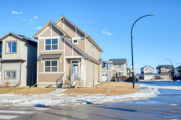 97 Willow Drive, Cochrane