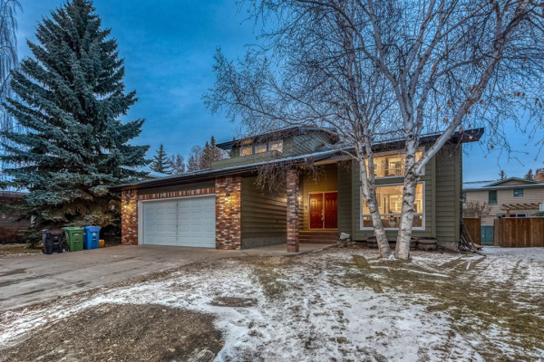 144 WOOD WILLOW Close SW, Calgary