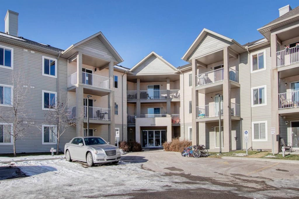 2000 Citadel Meadow Point NW, Calgary