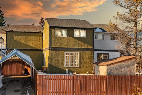 805 42A Street SE, Calgary
