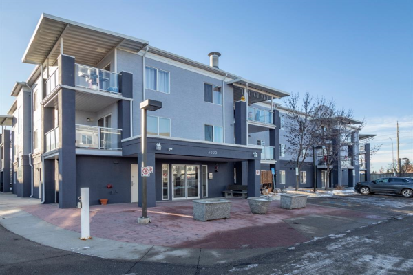 2280 68 Street NE, Calgary