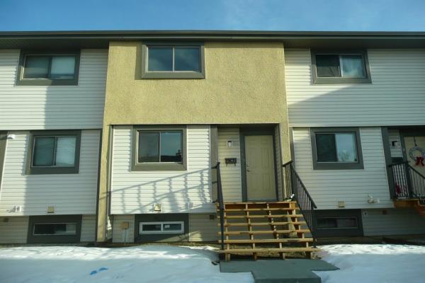 2720 Rundleson Road NE, Calgary