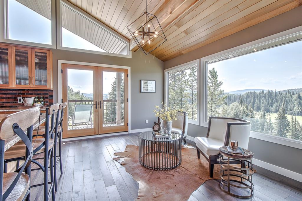 204 Saddle Road, Bragg Creek