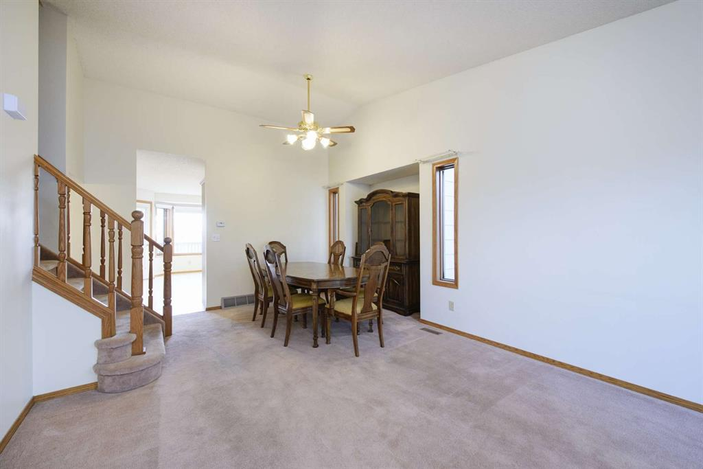 Listing A1052078 - Large Photo # 3