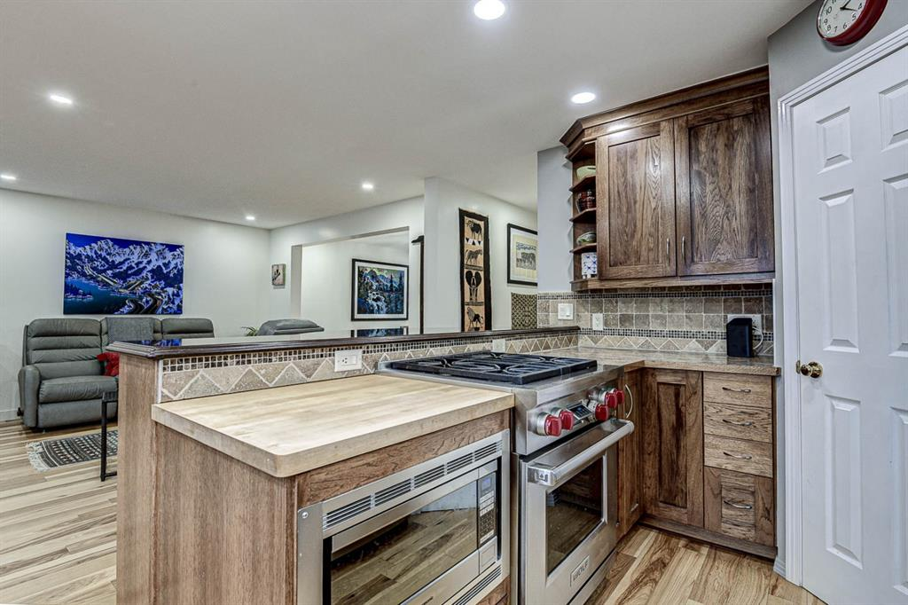 Listing A1052479 - Large Photo # 20