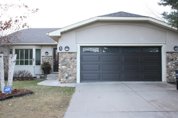 9 Downey Green, Okotoks