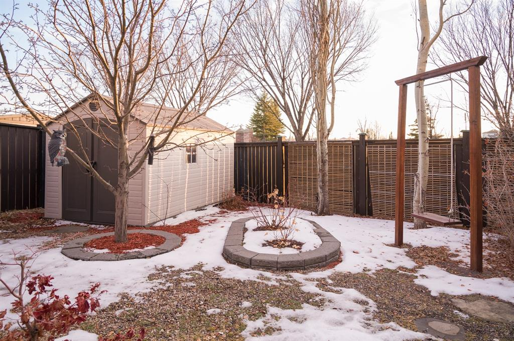 Listing A1054343 - Thumbmnail Photo # 34