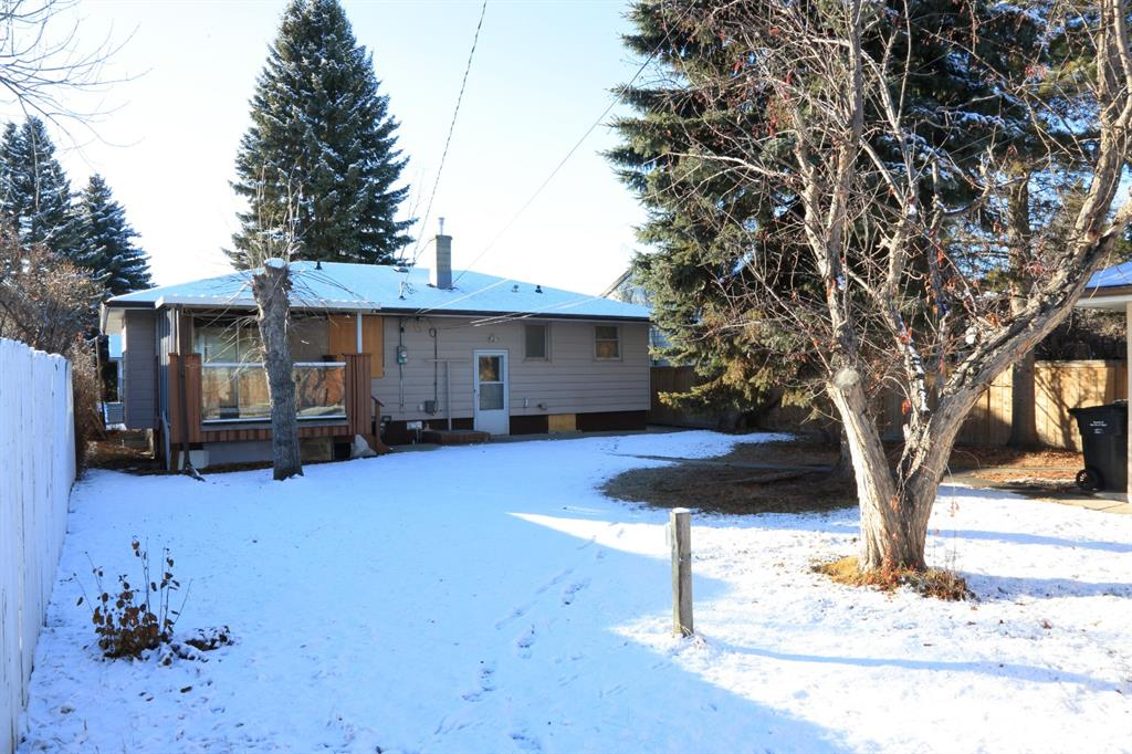Listing A1054402 - Thumbmnail Photo # 3