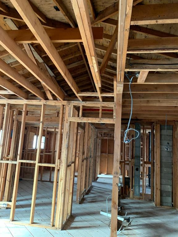 Listing A1054402 - Thumbmnail Photo # 6