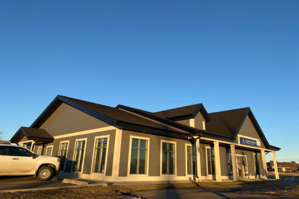 620 1 Avenue NW, Airdrie