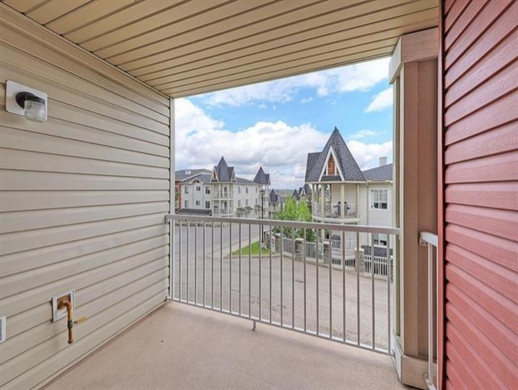 Listing A1055040 - Thumbmnail Photo # 7