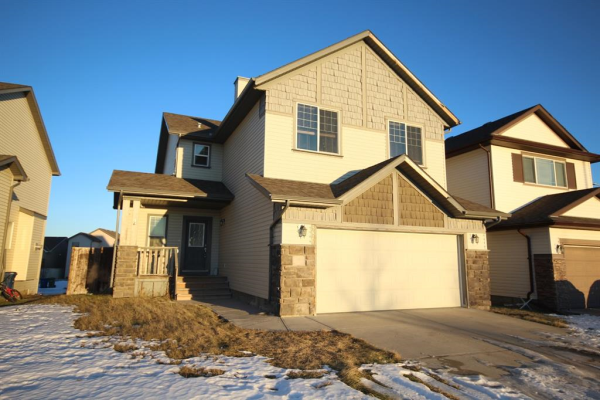 386 COOPERS Drive SW, Airdrie