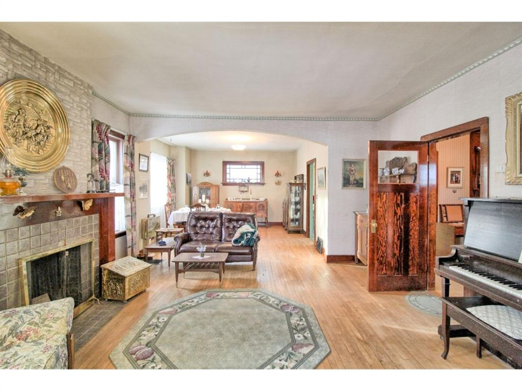 Listing A1055546 - Large Photo # 19