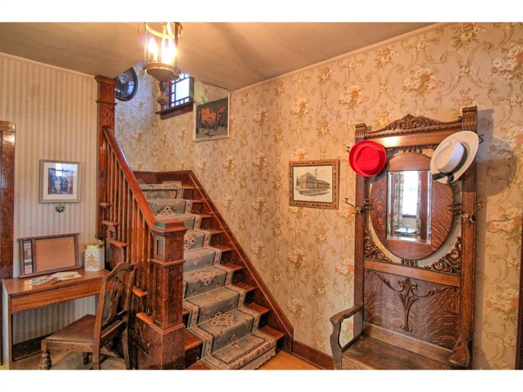 Listing A1055546 - Large Photo # 3