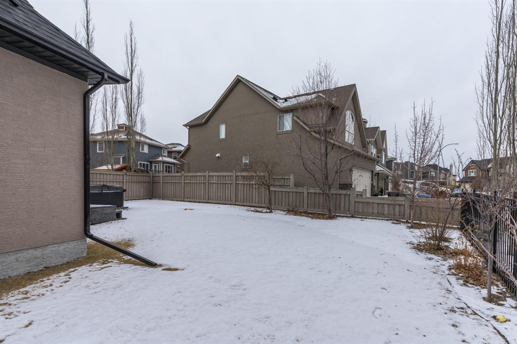 Listing A1056086 - Large Photo # 32
