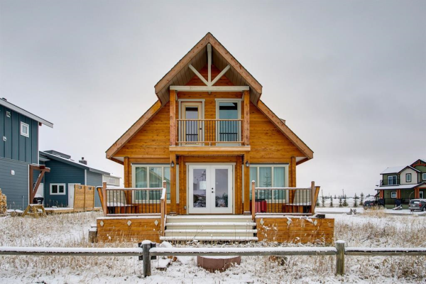 323 Cottageclub Way, Rural Rocky View County