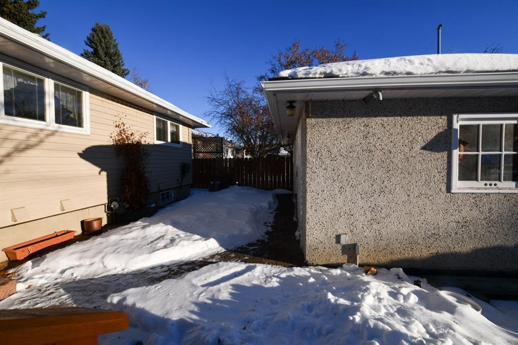 Listing A1056703 - Large Photo # 27