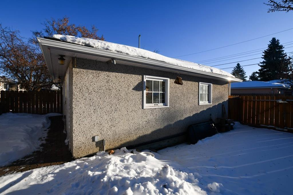 Listing A1056703 - Large Photo # 28