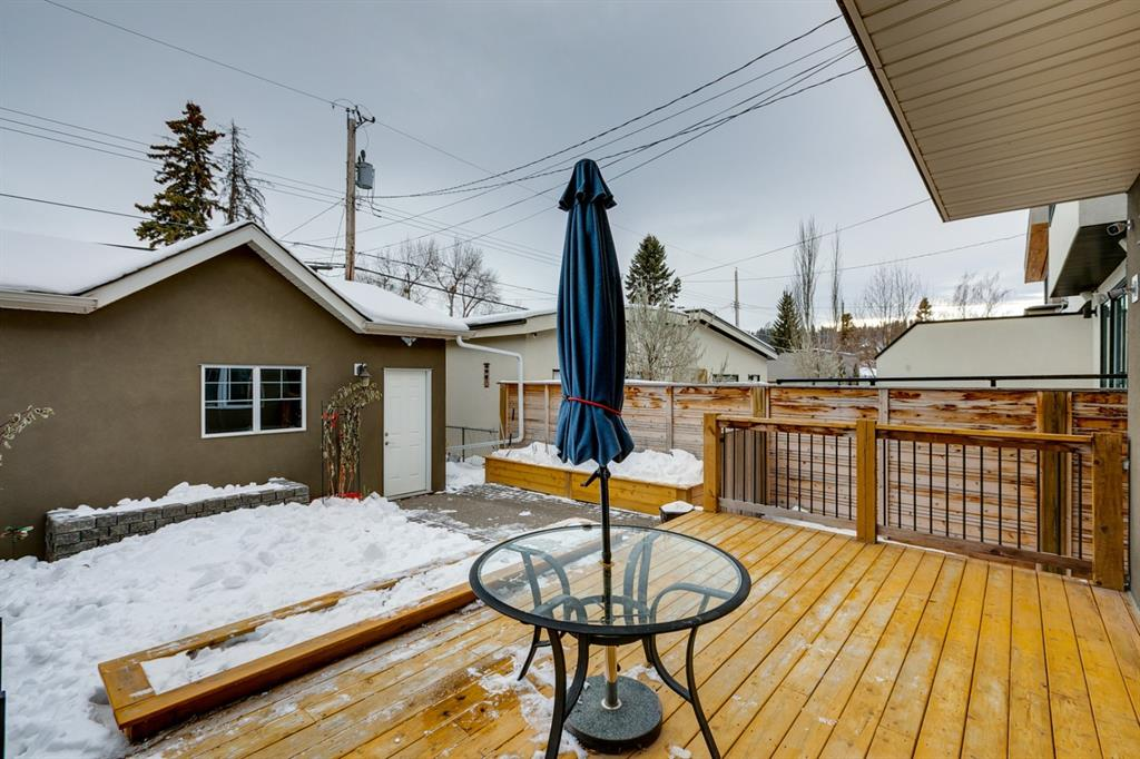 Listing A1056903 - Thumbmnail Photo # 28