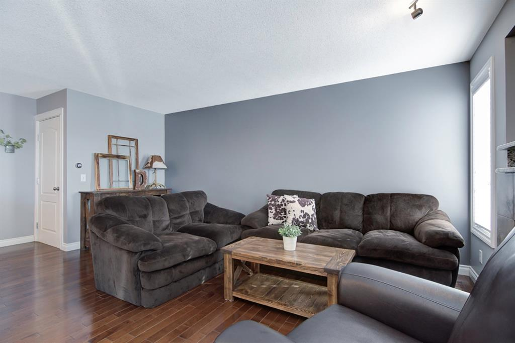 Listing A1057157 - Large Photo # 3