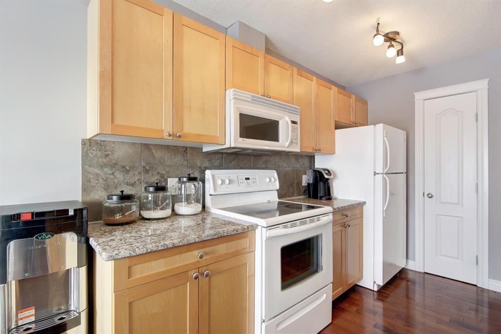 Listing A1057157 - Large Photo # 7