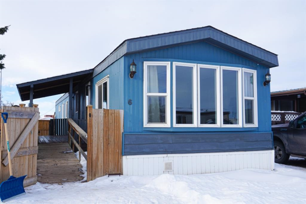 #6, 5103 61  Avenue, Olds