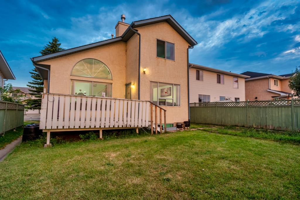 Listing A1057499 - Large Photo # 3
