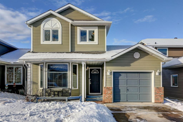107 Maple Way SE, Airdrie