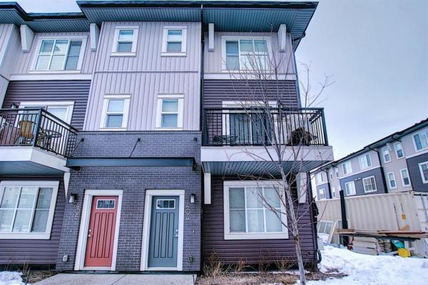 30 Cornerstone Manor NE, Calgary