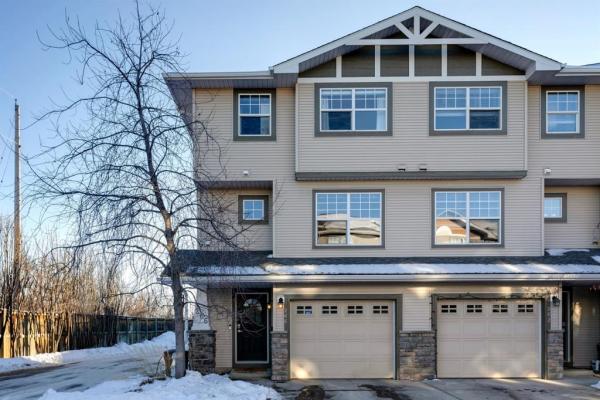 266 Inglewood Grove SE, Calgary
