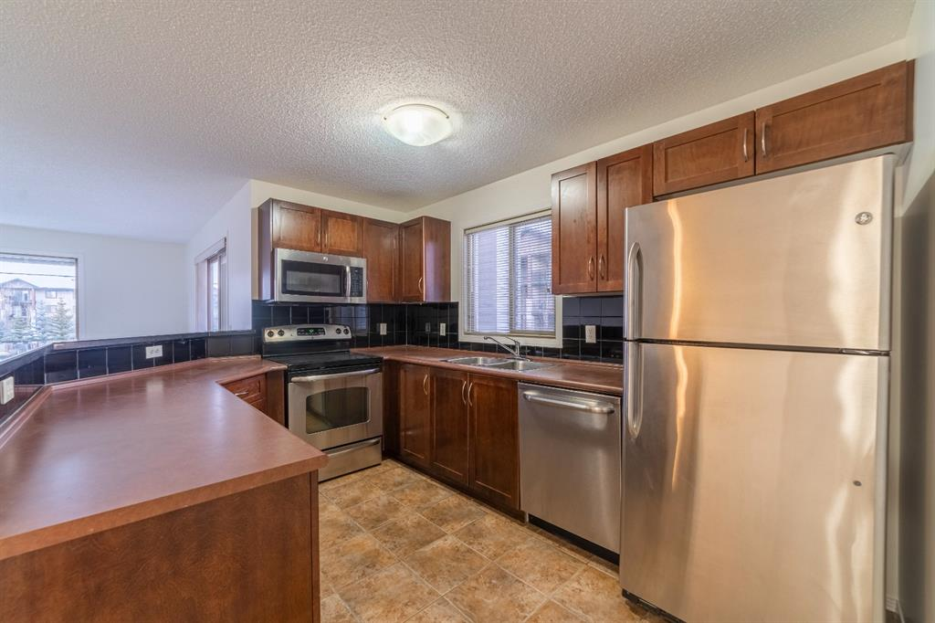 Listing A1058918 - Large Photo # 4