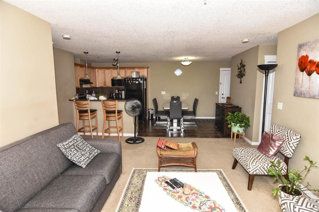 Listing A1059704 - Large Photo # 3