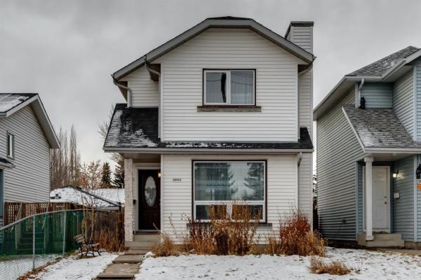 3893 30 Avenue SE, Calgary