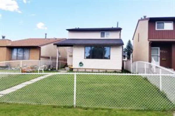 5743 24 Avenue NE, Calgary