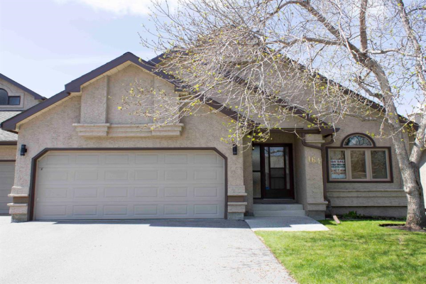 164 Oakbriar Close SW, Calgary