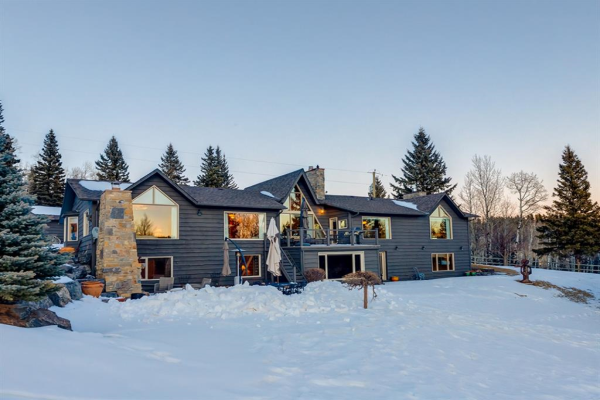 15 Saddle Bay, Bragg Creek