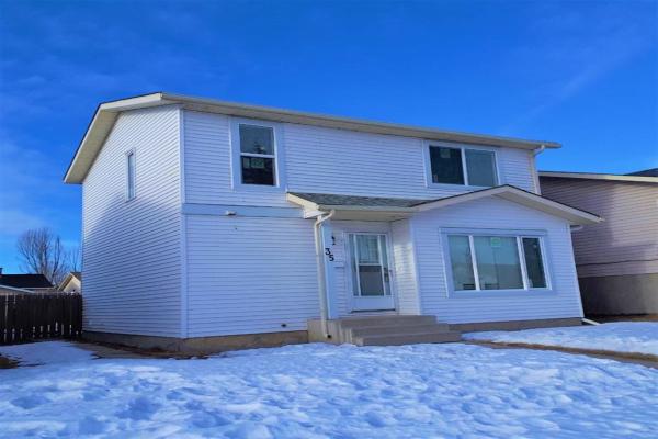 35 Faldale Close NE, Calgary