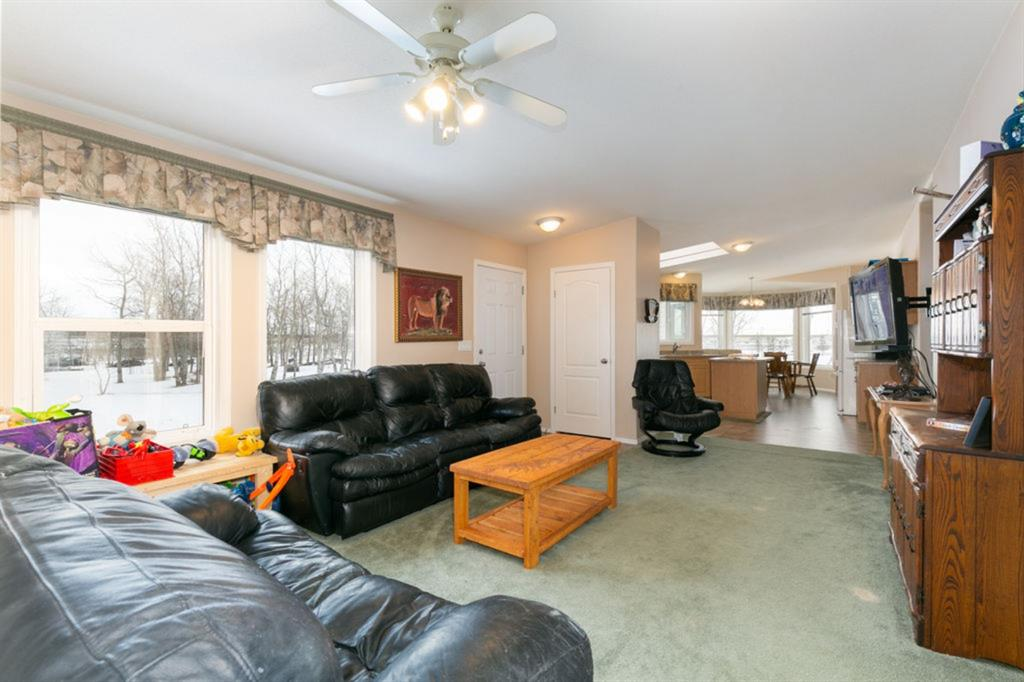 Listing A1063413 - Large Photo # 13